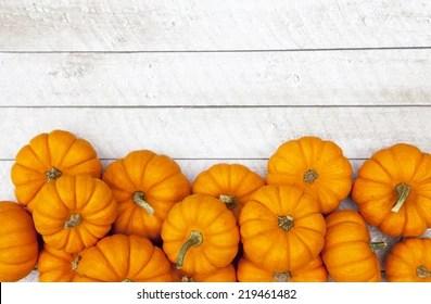 Cute Rustic Fall Wallpapers Pumpkin Background Images Stock Photos Amp Vectors