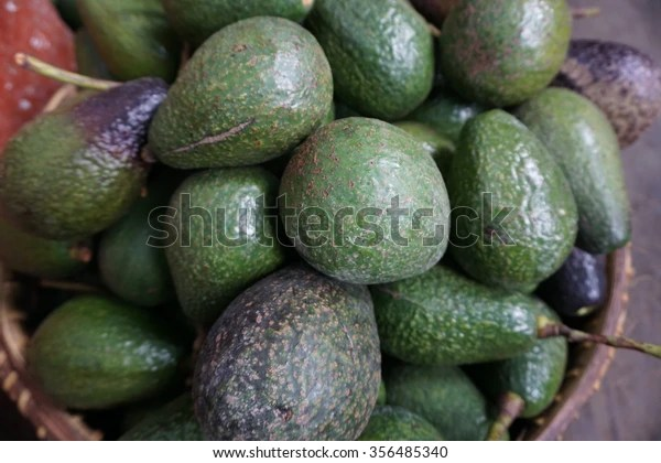 avocados ka law market