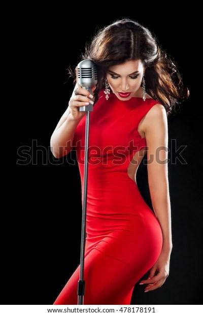 Qui Chante Une Femme Avec Une Femme : chante, femme, Belle, Fille, Chante., Femme, Photo, Stock, (modifiable), 478178191