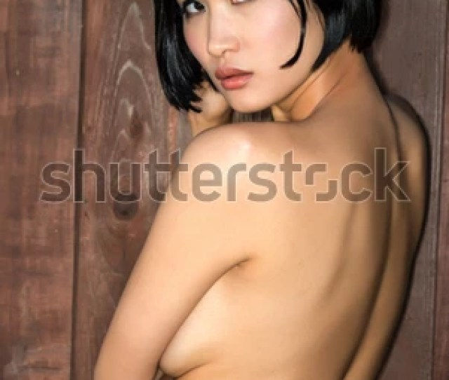 Beautiful Young Nude Japanese Woman
