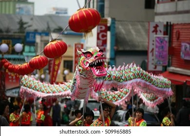 chinese dragon dance images