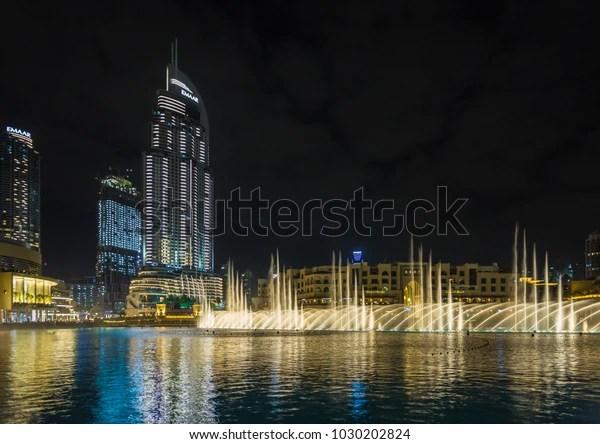 Dubai Fountain Show Near Dubai Mall Stock Photo Edit Now