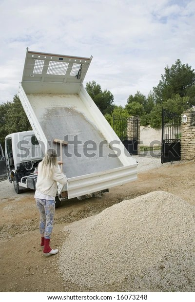How Much Is A Truck Load Of Gravel : truck, gravel, Truck, Depositing, Gravel, Stock, Photo, (Edit, 16073248