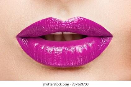 purple lips images stock