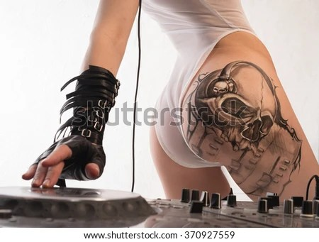 A Girl With A Beautiful Ass Plays Electronic Music Mixer