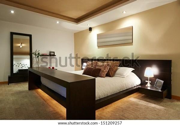 https www shutterstock com fr image photo interior design big modern bedroom 151209257