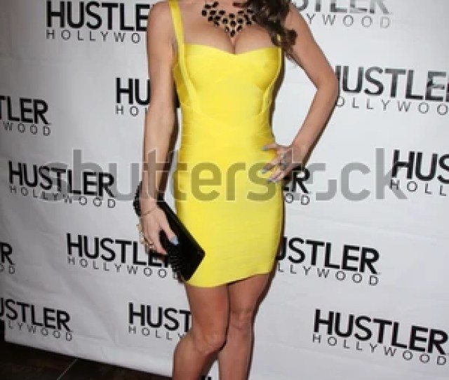 Los Angeles Apr 9 Jessica Jaymes At The Hustler Hollywood Grand Opening At The