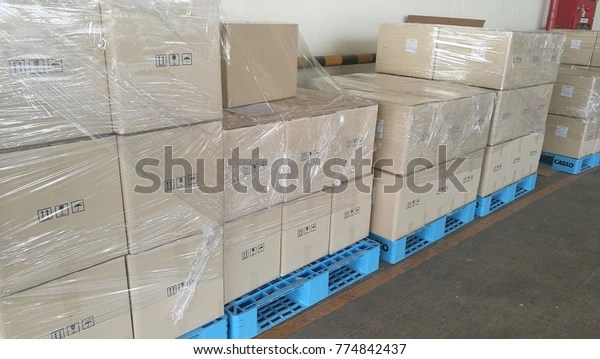 plastic wrap box before