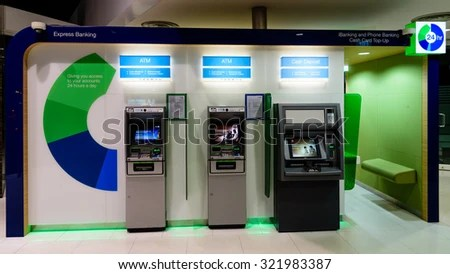 SINGAPORESEP 27 2015 Standard Chartered ATM Stock Photo (Edit Now) 321983387 - Shutterstock