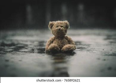 Zedge Cute Doll Wallpapers Sad Teddy Bear Wallpaper Wallpaperzen Org