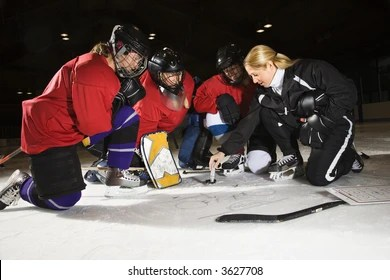 hockey player diagram vauxhall astra mk4 wiring diagrams rink stock photos images photography shutterstock women players on ice looking at game plan with coach