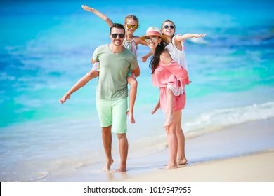 family beach images stock