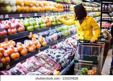 grocery store images stock