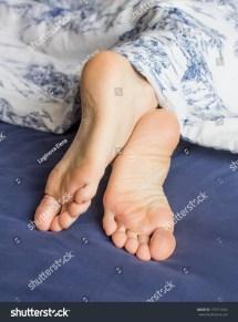 Royalty-free Sleeping Teen Girl Feet Under #179711654