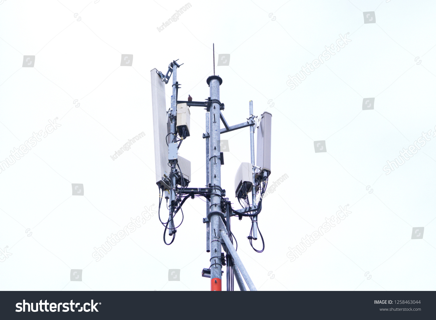 hight resolution of 3g 4g and 5g cell site base station or base transceiver station cell tower or telecommunication tower wireless communication antenna transmitter