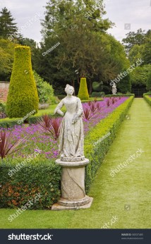 Formal English Landscape Garden Box Hedging Stock