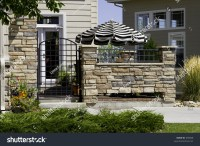 A High End Patio Home Or Townhome Entrance With Striking ...