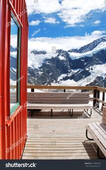 Alpine Hotel Zealand Stock 118002550 - Shutterstock