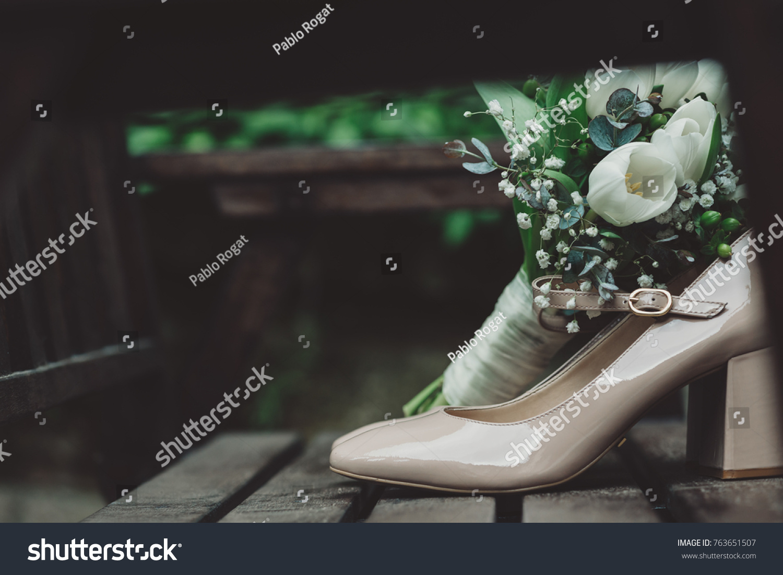 arrangement elegant shoes blooming