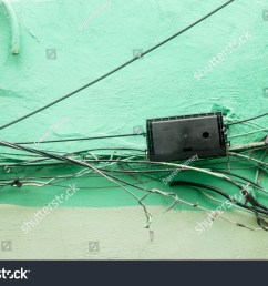 bad electrical wiring which looks messy and dangerous [ 1500 x 1101 Pixel ]