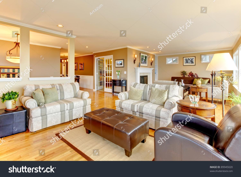 Beautiful Home Open Floor Plan Stock Photo 89945020