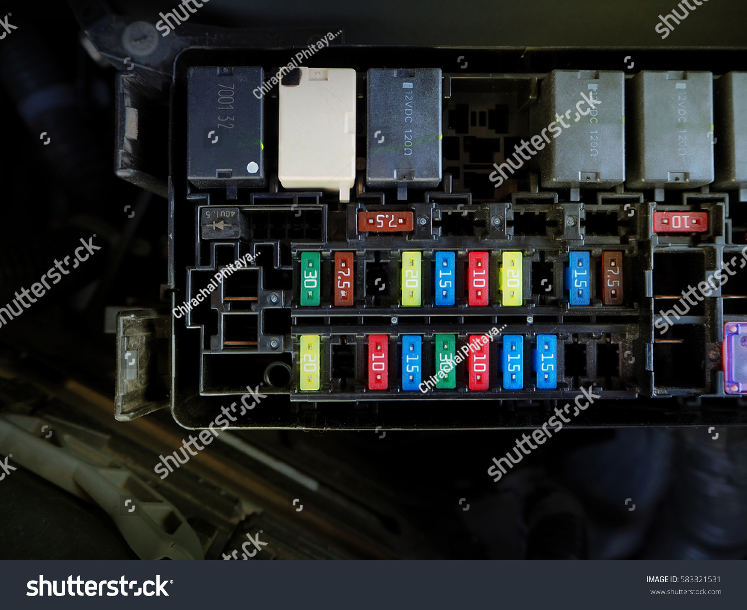 hight resolution of car colour fuse box