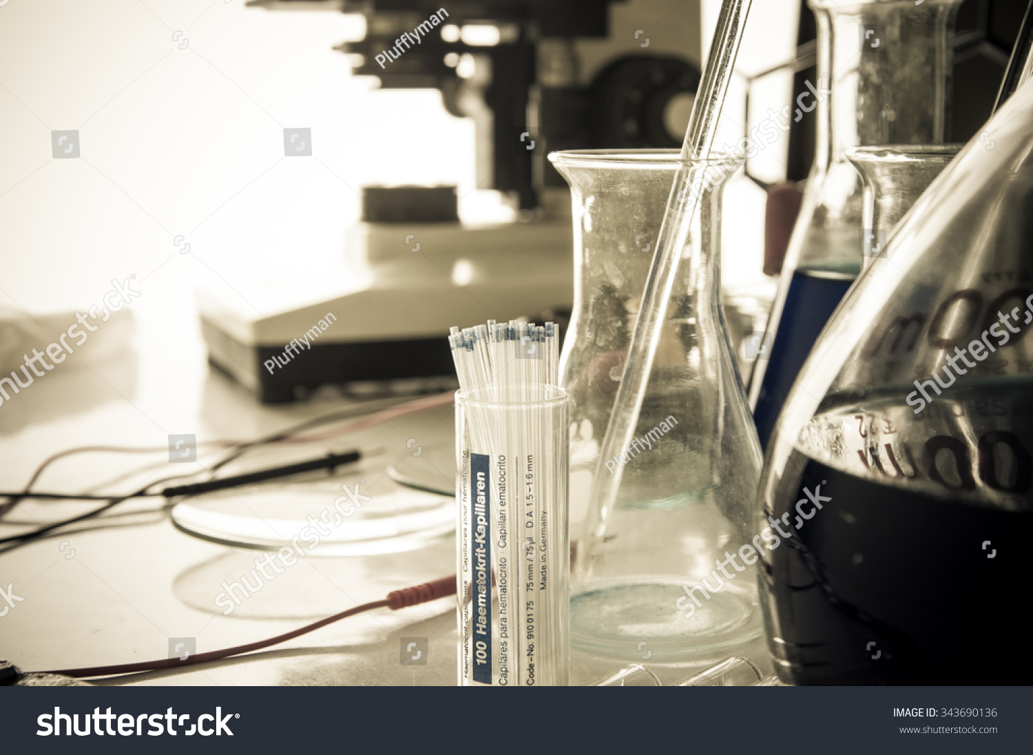 Chemical Laboratory Equipment Flasks Test Tubes Imagen De Archivo Stock