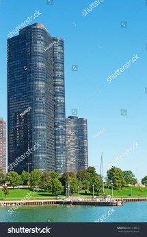 Park Lake Point Tower Chicago