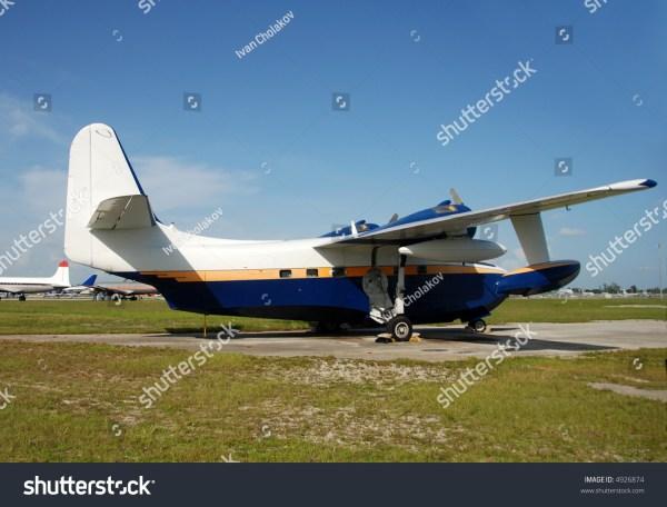 Grumman Albatross Over Manhattan Seaplane International - Year of