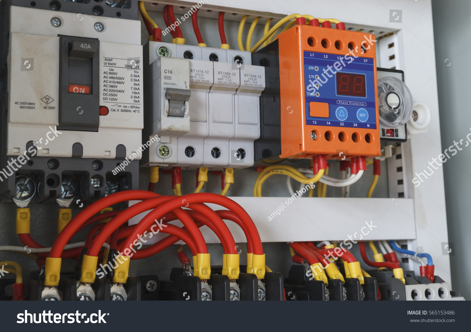 hight resolution of close up electrical wiring with timer and contactors
