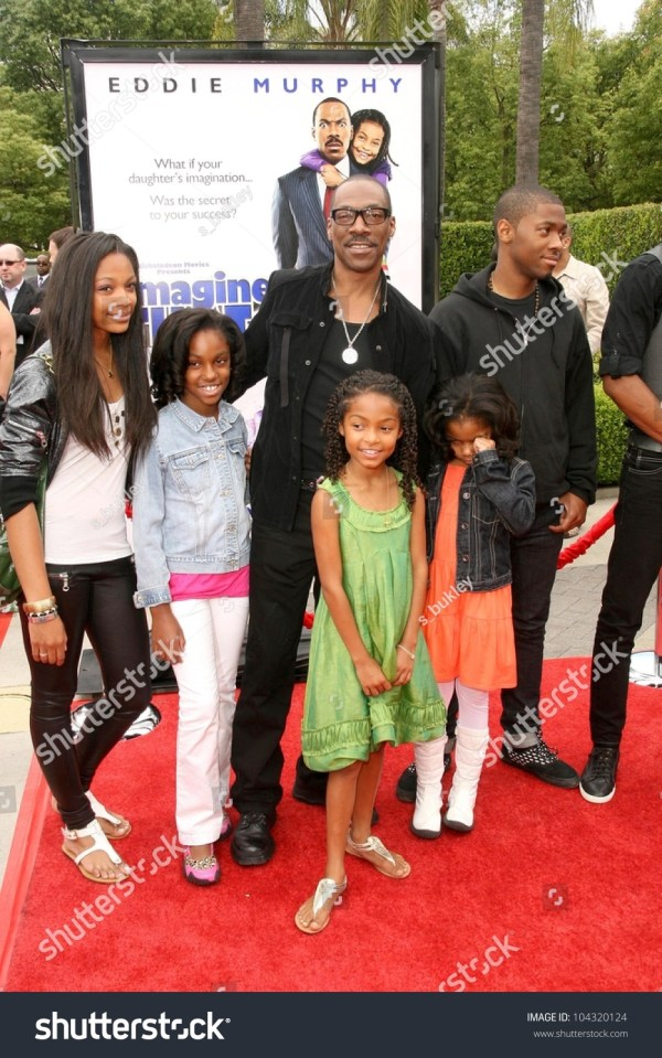 Eddie Murphy With Yara Shahidi And Family Los Angeles Premiere Of 'imagine