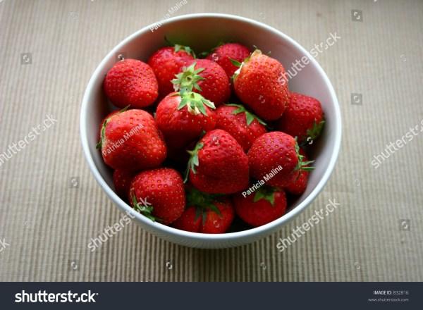 Fresh Strawberries Bowl Stock Photo 832816 Shutterstock