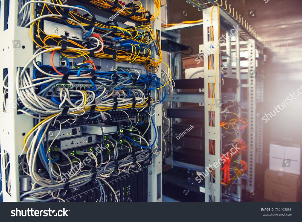 medium resolution of server wiring