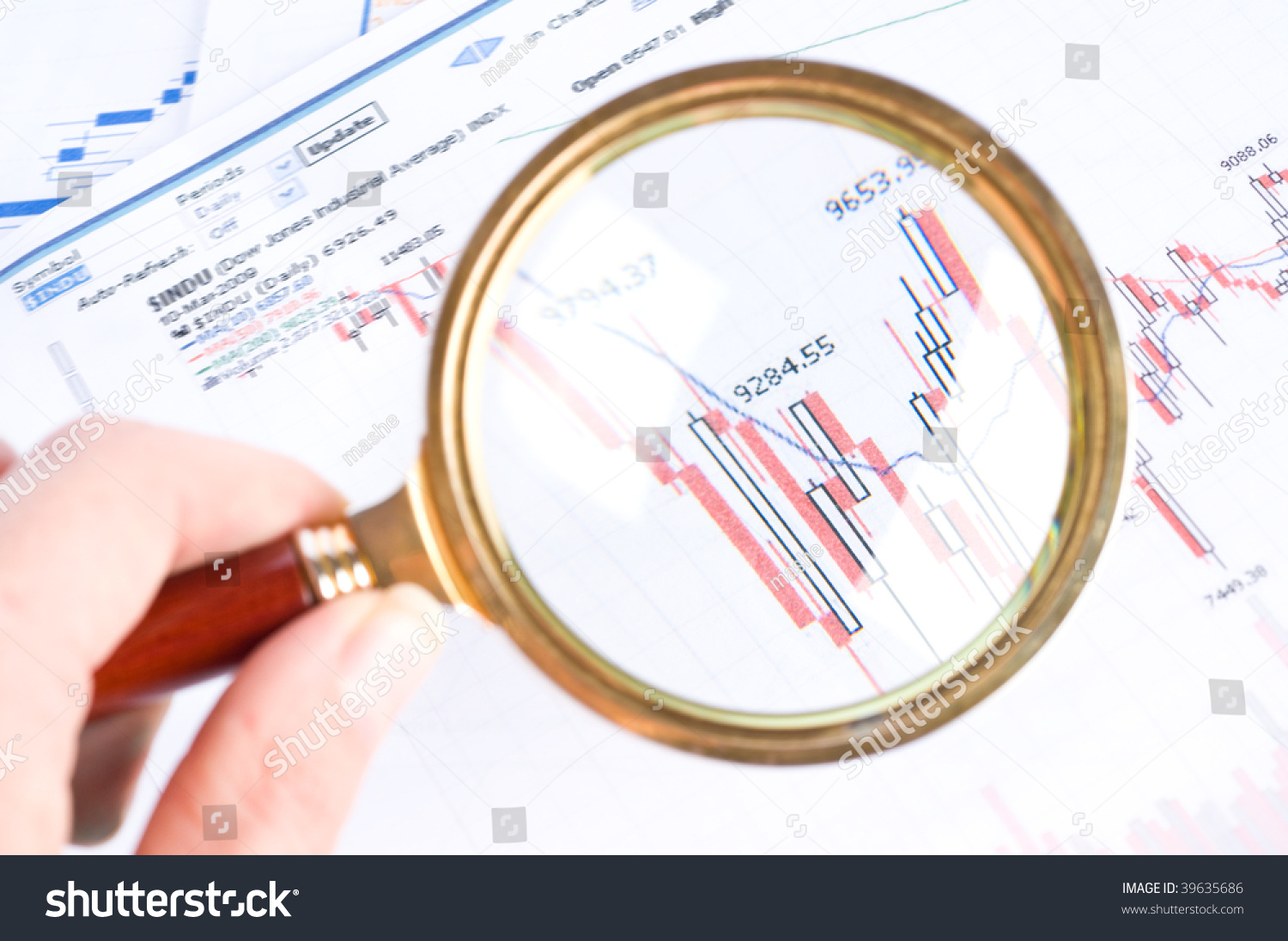 hight resolution of magnifying glass and diagram