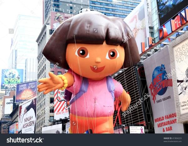 Manhattan - November 26 Dora Explorer Balloon