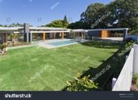 Modern Backyard With Swimming Pool In Australian Mansion ...