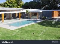 Modern Backyard Swimming Pool Australian Mansion Stock ...