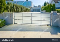 Modern Gates Driveway Luxury House Double Stock Photo ...