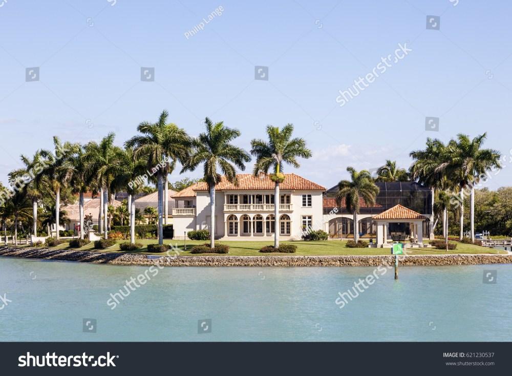 medium resolution of naples fl usa march 18 2017 luxury waterfront villa in the