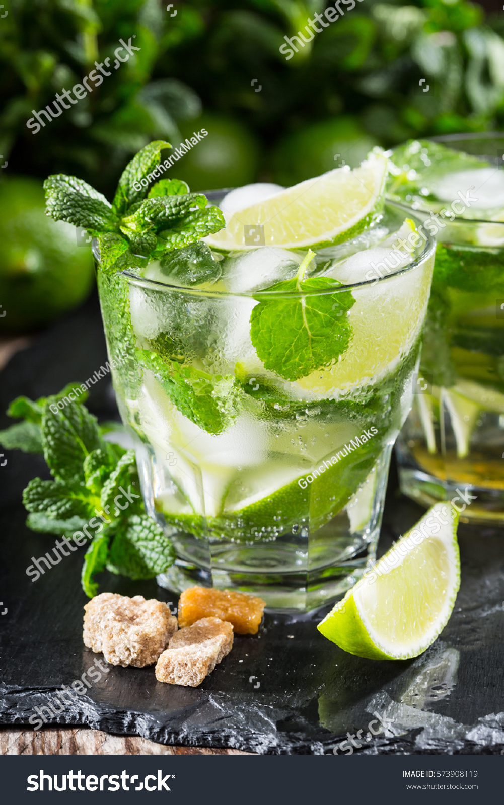 One Glass Mojito Cocktail Fresh Lime Stock Photo 573908119 - Shutterstock