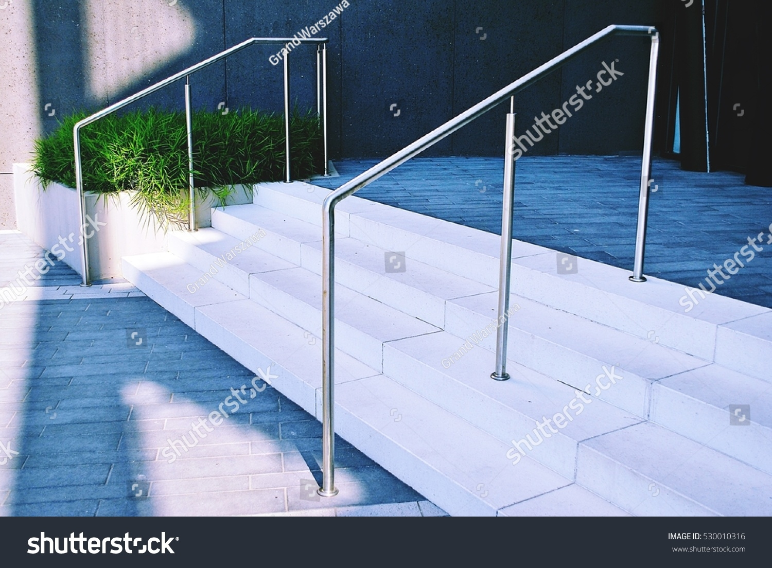 Outdoor Concrete Staircase Stainless Steel Handrail Stock Photo | Stainless Steel Handrails For Outdoor Steps | Modern | Safety | Staircase | Garden | External