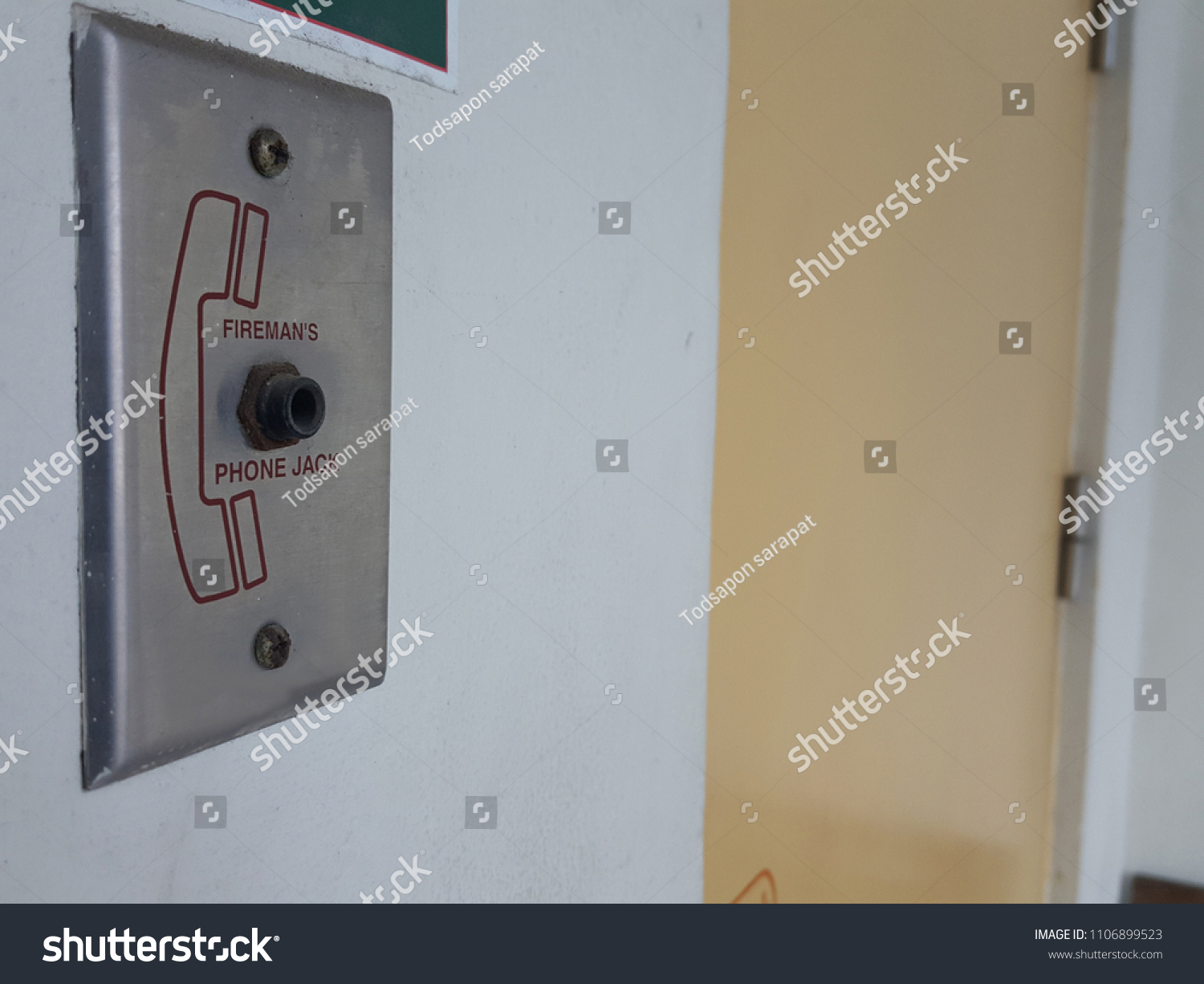 hight resolution of phone jack of fire alarm system