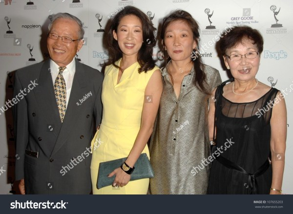 Sandra Family 60th Primetime Emmy Stock 107655203 - Shutterstock