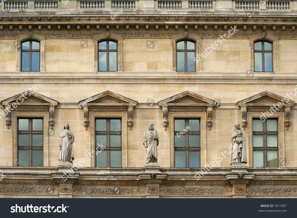 Statues And Windows Front Wall Of Pavillon Richlieu Louvre Museum - Paris