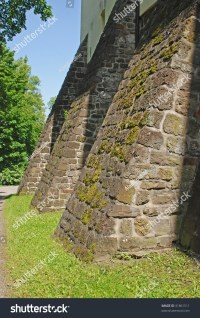 Stone Buttress Wall Stock Photo 31861511