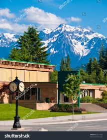 Street View Over Gorgeous Mountain In Harrison Hot Springs