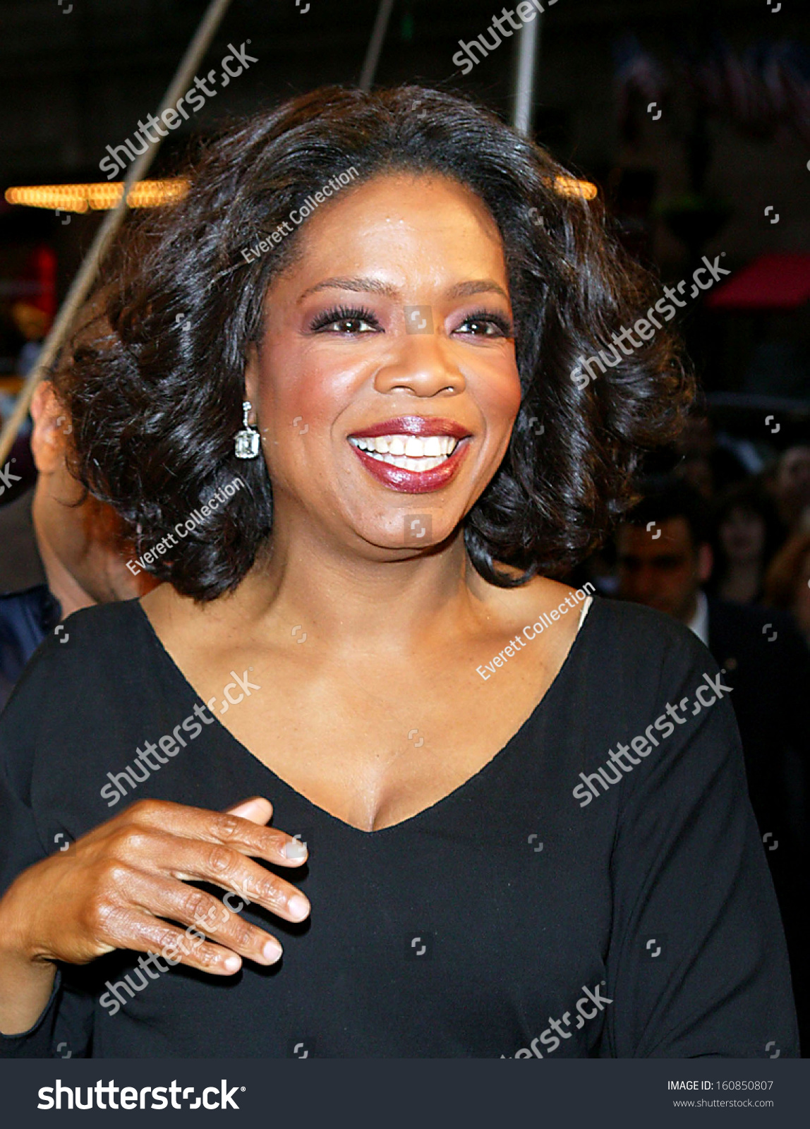 Tv Host Oprah Winfrey Attends The Sesame Workshop'S Second Annual Benefit Gala At Cipriani'S 42nd St June 2, 2004 In New York City Stock Photo ...