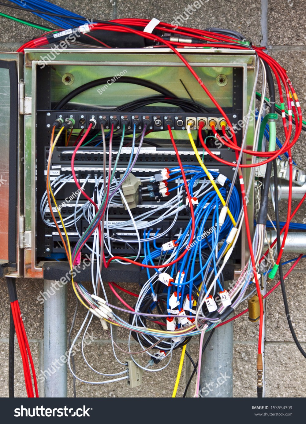medium resolution of where is the wiring diagram this box has many more video audio wires than