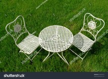 White Shabby Chic Cast Iron Outdoor Patio Furniture Set