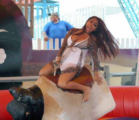 GOSSIP LINKS Snookis back in the saddle new American